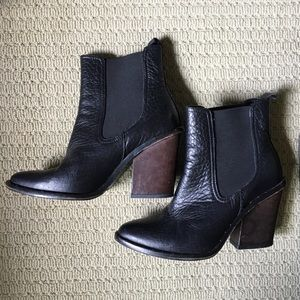 Freda Salvador ankle boots